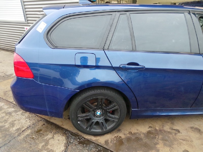 BMW 3 serie Touring (E91) Combi 320d 16V (N47-D20C) QUARTER WINDOW RIGHT REAR 2009