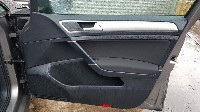 Volkswagen Golf VII (AUA) Hatchback 1.2 TSI BlueMotion 16V (CJZA) DOOR PANEL RIGHT FRONT 2014