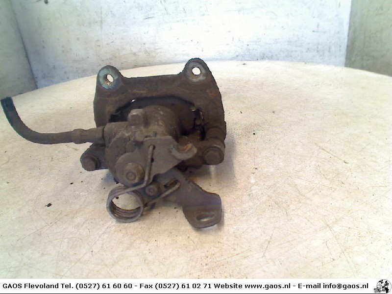 Alfa Romeo 147 (937) Hatchback 1.9 JTD (937.A.2000) BRAKE CALIPER RIGHT REAR 2002
