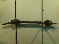 Dodge Mini Ram Van Van 2.4i 16V (EDZ) DRIVE SHAFT RIGHT FRONT 1999