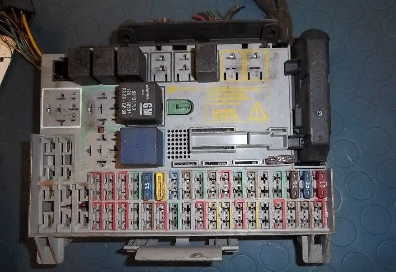 [SCHEMATICS_48IU]  Fuse Box Opel Astra G (F08/48) Hatchback 1.6 (X16SZR) (GM90589965)  (1999-03) - Used Car, Motorcycle and Truck Parts | TotalParts | Fuse Box Opel Astra 2001 |  | TotalParts