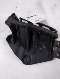 Audi A3 Hatchback 3-drs 1.6 (BSF) BUMPER BRACKET RIGHT REAR 2010  8P4807394A